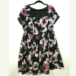 Torrid sheath dress Black & pink floral
